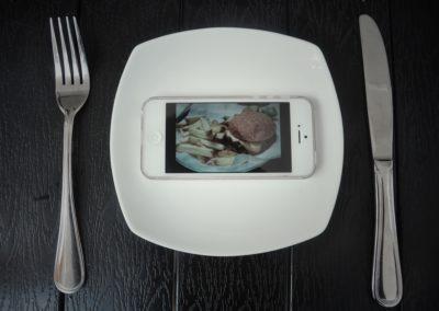 L'angoisse de manger seul ?